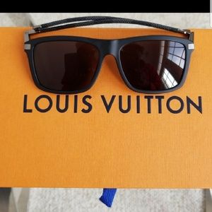 8e378e31012 Louis Vuitton Accessories - ⭐Host Pick⭐Louis Vuitton Sunglasses Men s